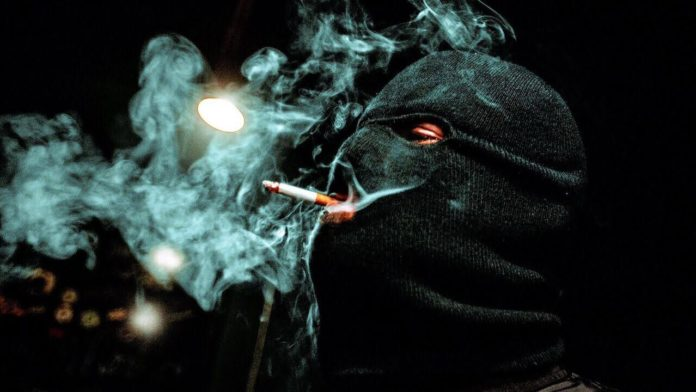 Malaa smoking cigarette Charly Chivteam
