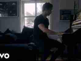 Kygo Freedom playing piano